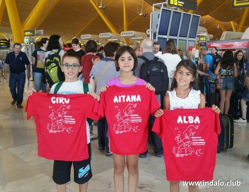 Aitana, Alba y Ciro en el Europeo de Praga