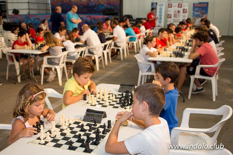 El IV Circuito Almeriense de Ajedrez Nacex, comienza con un divertido torneo de Promocion en Feria
